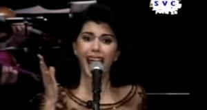 فيديو نادر للفنانة ماجدة الرومي..أغنية سيدى الرئيس مؤثر جدا