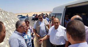 وزير الزراعة يتفقد مشروع استزراع 20 ألف فدان بالمنيا